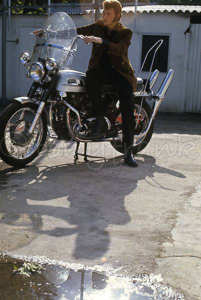 Johnny et ses motos