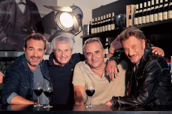 """Avec Jean Dujardin, Claude Lelouch, Antoine Duléry et Johnny sur le tournage de """"Chacun sa vie"""" qui sort la semaine prochaine! émoticône smile"""