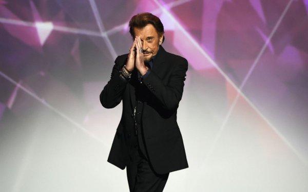 Le chanteur français indique être actuellement soigné pour un cancer, mais assure que ses jours «ne sont aujourd'hui pas en danger».