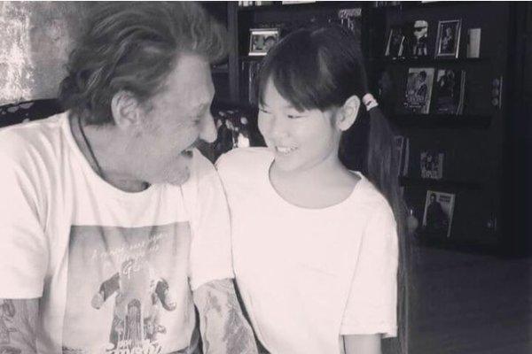 Quand Johnny Hallyday apprend à sa fille à chanter
