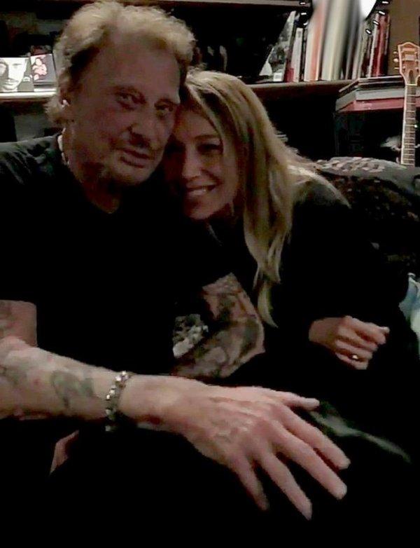 Le grand patron dans le studio d'enregistrement avec sa fille Laura