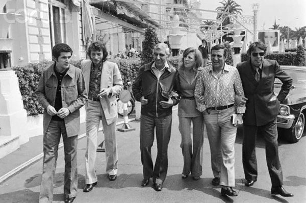 De gauche à droite...Claude Lelouch.....Johnny.....Charles Gérard...Nicole Courcel...Lino Ventura...et Jacques Brel