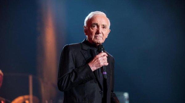 L'énorme proposition de Charles Aznavour à David Hallyday: une future collaboration pour rendre hommage à Johnny?