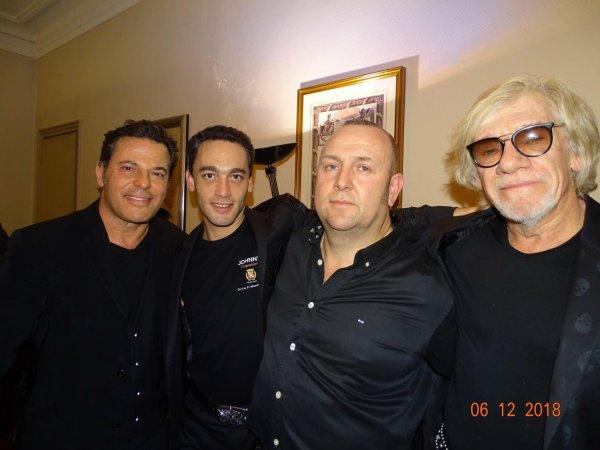 Petite soirée à Levallois Perret en hommage à Johnny hallyday 🙏— avec Elie Thierry Khayat et Pierre Billo