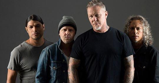 Dimanche 12 mai 2019, Metallica se produisait au Stade de France. A cette occasion, le guitariste Kirk Hammett et le bassiste Robert Trujillo se sont lancés dans une reprise de Ma Gueule de Johnny Hallyday.