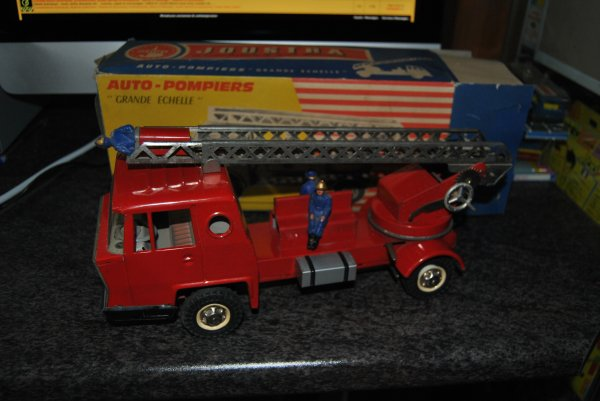 Camion Bernard - Version Pompiers - Chassis Court
