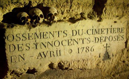 L'ossuaire de la place Denfert Rochereau  (Catacombe de paris) Prt 1