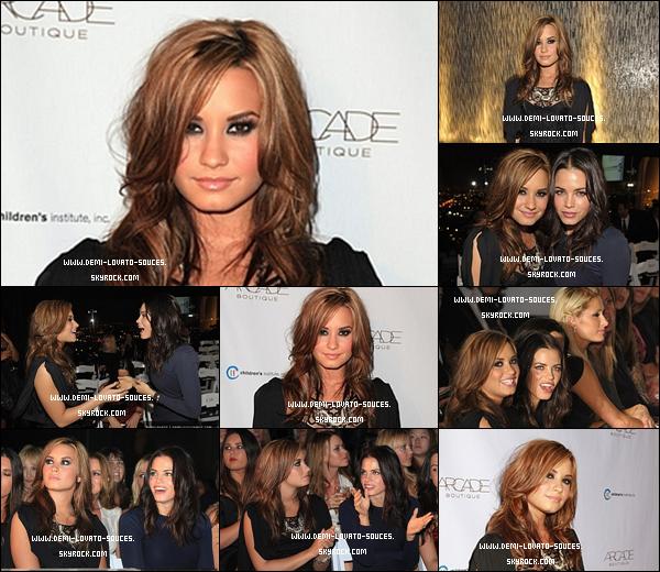 """. Demi a participé à la """"la fête d'automne» présenté par ARCADE Boutique à l'Hôtel Londres le 29 Septembre à West Hollywood, en Californie.."""
