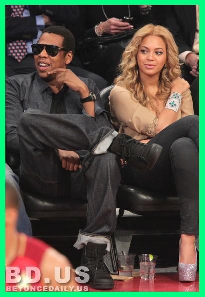 Beyonce : Pas (encore) séparée de Jay-Z !Beyoncé et Jay-Z en plein divorce ? C'est la rumeur people la plus chaude du moment ! Et pourtant, rien n'est encore fait !...