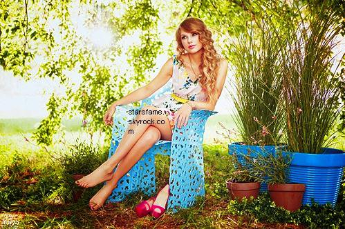 nouvelle photohoot de taylor swift troooop belle la photo :)