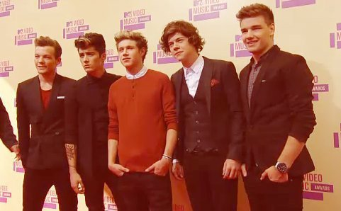 MTV VIDEO MUSIC AWARDS 2012.