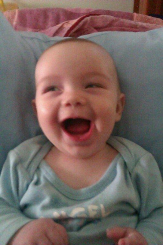 Mon fils ki es peter de rire