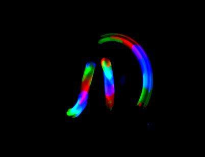 3 balles lumineuses
