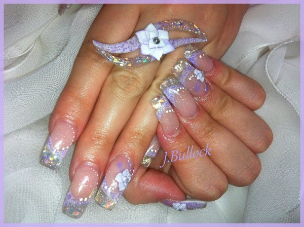 French blanche deco violette et miroir !!! avec bague assorti, idée de forme par mon mari :))
