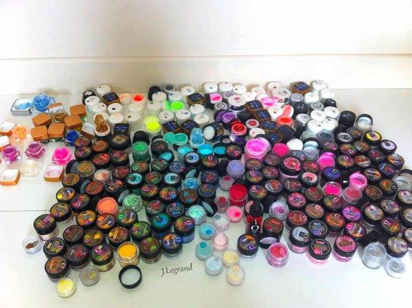 Plus de 300 couleurs ...