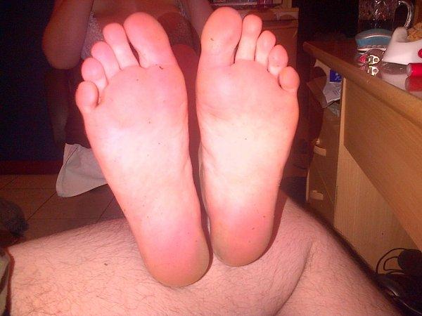 pour les feti des pieds et odeurs