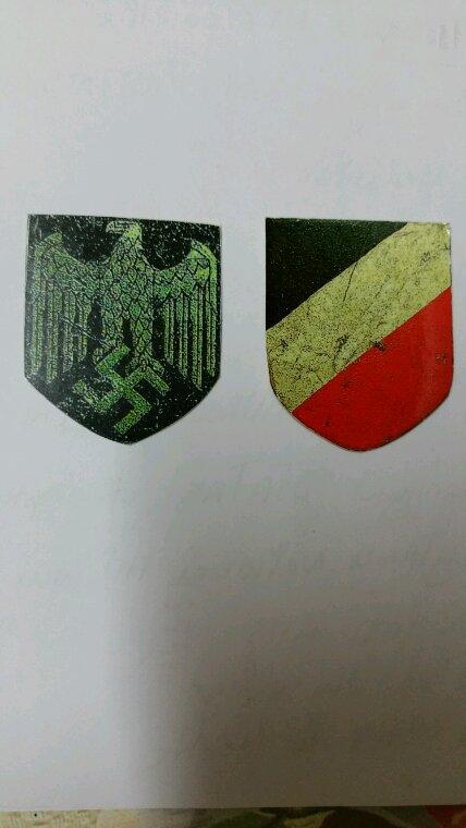 Logo stikes insigne casque allemand
