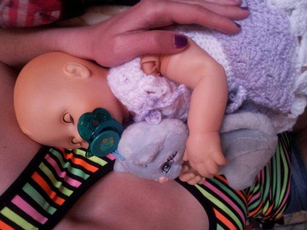 oui je sais, aimer une poupée à 19 ans, ça paraît con. et alors?