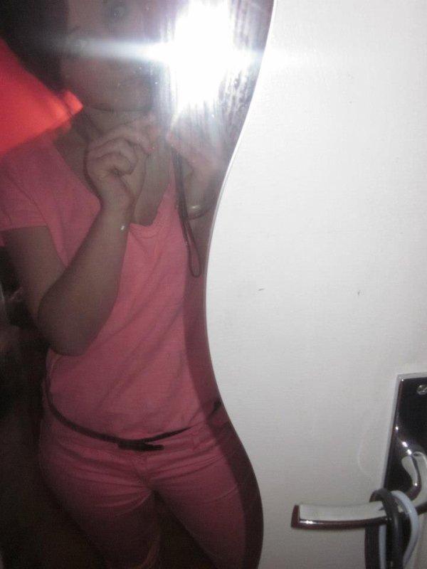 et oui moi jvoi la vie en rose :)