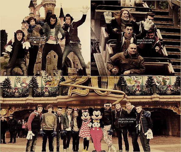 13/11/2012[/font=georgia]- Les participants d'xfactor étaient à Disneyland Paris.