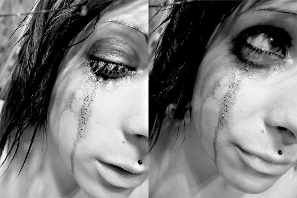 _ Les larmes sont plus bruyantes que les mots. Elles viennent du plus profond de notre âme pour crier ce que la parole ne peut chuchoter._