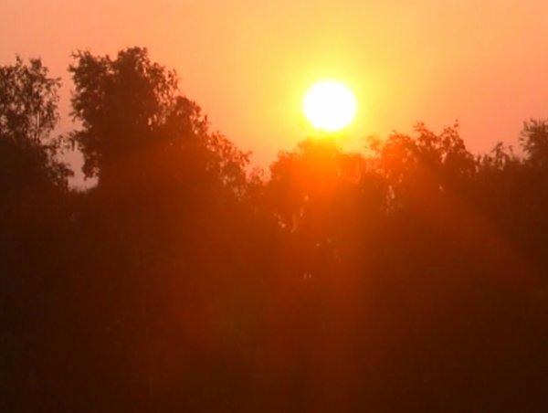 Il est l'heure pour ce soir d'aller dormir donc le soleil va dormir, et le mois de mars s'éteindre pour 2011 ! Demain il est jour de plaisanteries ! ADUP