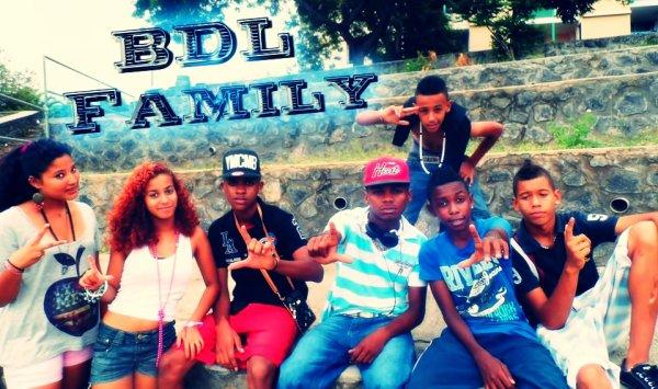 Full Records / B.D.L Family - Rienk pou ou (2013)