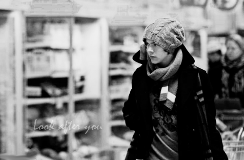 Look after you, Chapitre 1 ; Enchanté, moi c'est Harry.