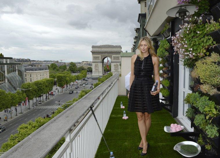 Maria sharapova la maison du danemark paris balle de for 7 a la maison saison 9