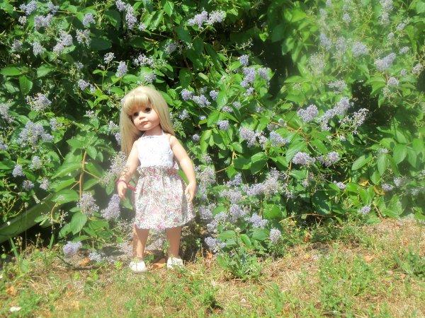 Une jupe fleurie pour Audrey de Götz