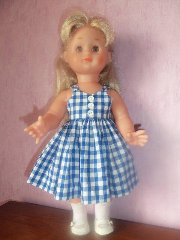 Une robe pour Emilie et Marie-Françoise