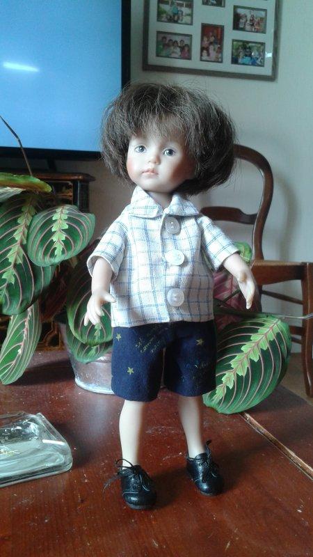 Nouvelle tenue pour Lucas !
