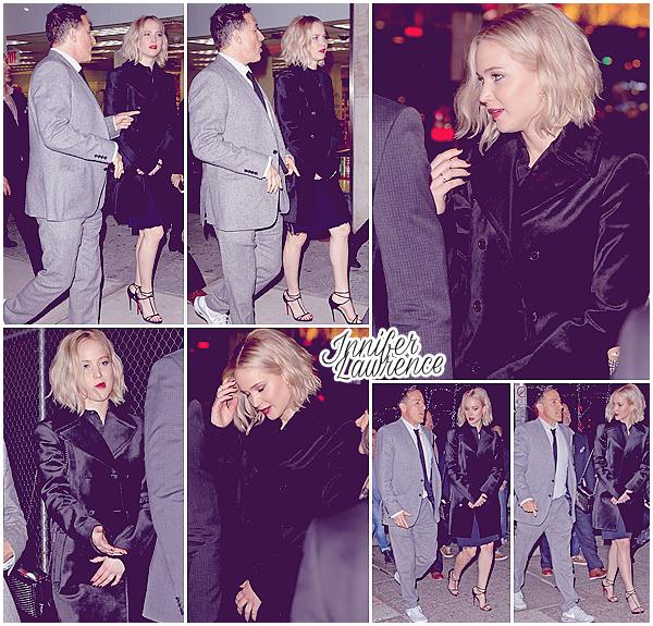 12/12/2015 : Jennifer et le réalisateur David O'Russell ont été vu quittant le restaurant Nobu 47 à New-York City : La promo de Joy ayant officiellement commencé, ils se rendaient au théâtre Directors Guild of America pour la projection du film durant les «BAFTA».