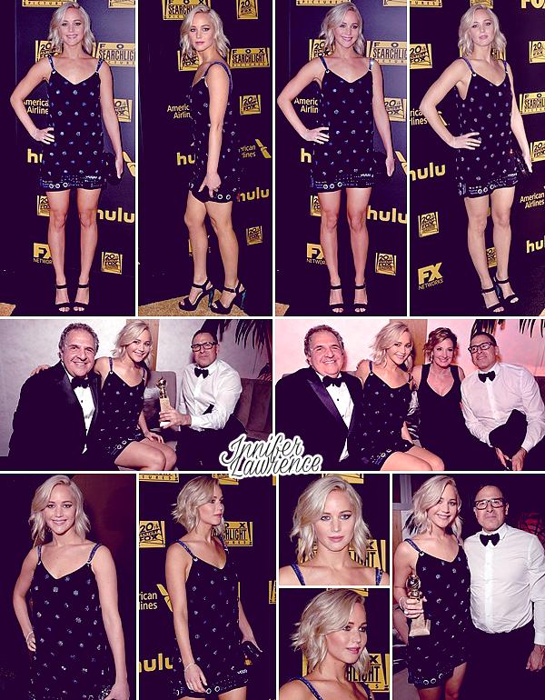 10/01/2016 : Jennifer s'est rendue à l'after party des Golden Globes organisée par la chaîne FOX (LA) : La soirée avait toujours lieu à l'hôtel Beverly Hilton de Beverly Hills. Miss Lawrence était avec David O'Russell et Joy Mangano pour l'occasion.