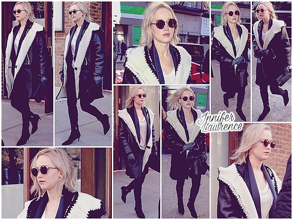18/02/2016 : Jennifer quittait l'hôtel «Greenwich» à New-York pour se rendre à un entretien (US) :  De bon matin, la belle avait un rendez-vous d'affaire dans le quartier de Soho. Ensuite, séance shopping chez Alexander Wang pour JLaw !