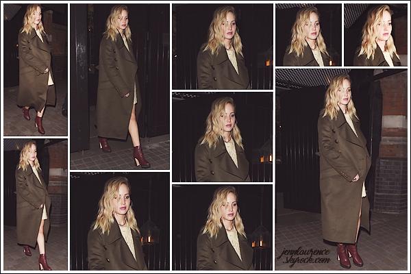 - • 17.02.18 l  Jennifer Lawrence a été repérée quittant le restaurant « Chiltern Firehouse » situé dans Londres (UK) : La belle est donc arrivée dans la capitale anglaise pour la cérémonie des BAFTA & la promotion de Red Sparrow. Top pour la tenue, j'aime beaucoup!