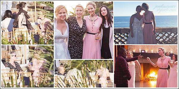 - • 13.02.18 l   Jennifer Lawrence assistait au mariage de sa fidèle amie Amy Schumer organisé dans Los Angeles (CA) : Je vous l'accorde, les photos dans le buisson ne sont pas super .. Mais j'aime beaucoup les photos avec Amy, les deux sont too cute ! Top pour la robe !