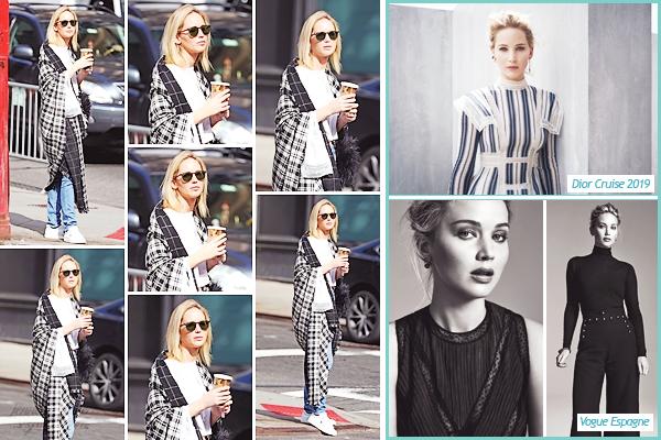 - • 05.10.18 l De bon matin Jennifer Lawrence a été aperçue se promenant dans les rues de la ville de ▬ New-York (US) : Emmitouflée dans son châle, elle a visiblement été se chercher sa dose de caféine pour la journée. + Je vous joins de nouvelles photos de Jenn en Dior.