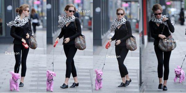 22/06/12 : Emma et Summer dans les rues de Londres