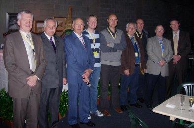 Bestuur V.v.N.K. - Geel tijdens de 37ste Internationale Kleurkanarieshow te Mechelen