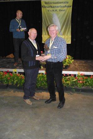 V.v.N.K. Leuven 2013 - 19 Hoofdgroepwinnaars (5 beste vogels) & A.O.B.Trofee-Winnaars