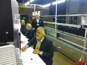 42ste Internationale V.v.N.K.- C.O.M. Show 2015 - Keuring der Wedstrijdvogels 2