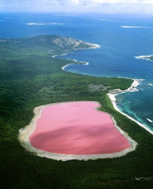 Le mystère du lac rose !