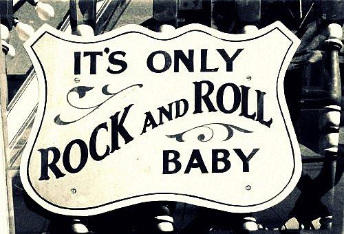 """"""" De même que l'on reconnaît que le chewing-gum est un truc génial, on ne va pas renier la force du rock.""""  (1991)"""