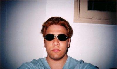 ma présentation Salut, je m'appelle Sébastien, j'ai 23 ans, j'habite à Paris dans le 9ème , je suis timide , je bégaye