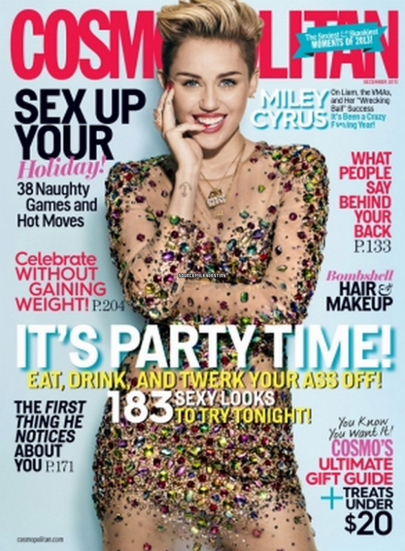 31/11/2013 : Voici Miley et sont déguisement pour la fête d'Halloween! T'en pense quoi?