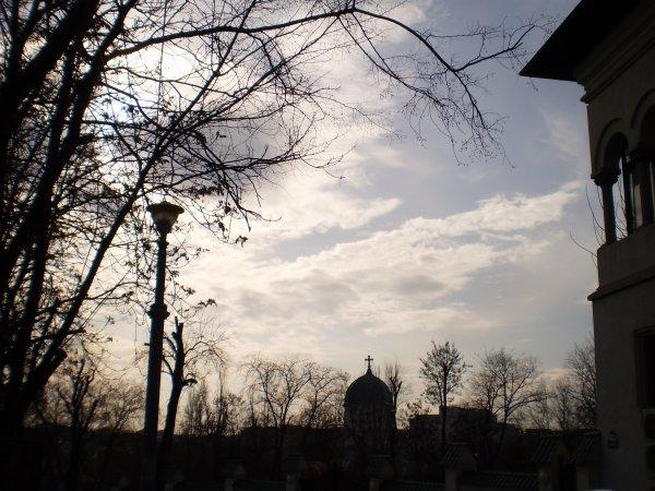 A la recherche de la Bucarest perdue... (suite des photos!)