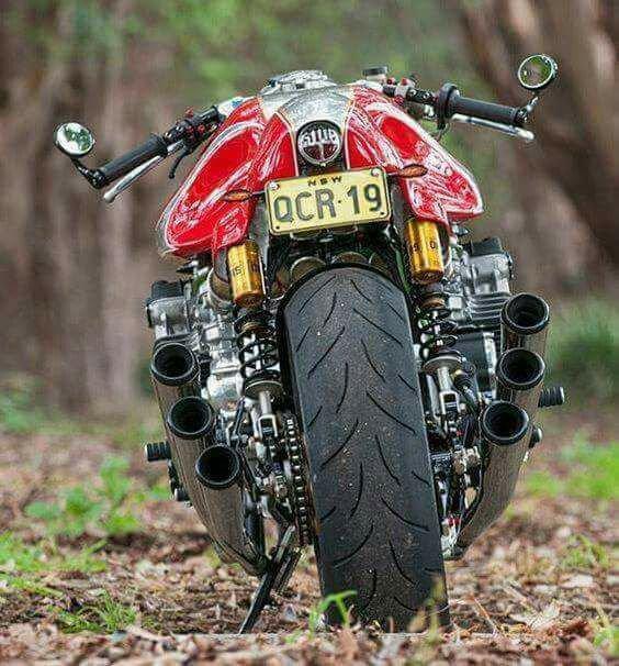 Honda CBX 1000 en version café racer....... ;-)