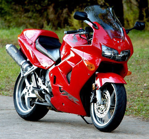 Honda 800 VFR FI, 2000.....