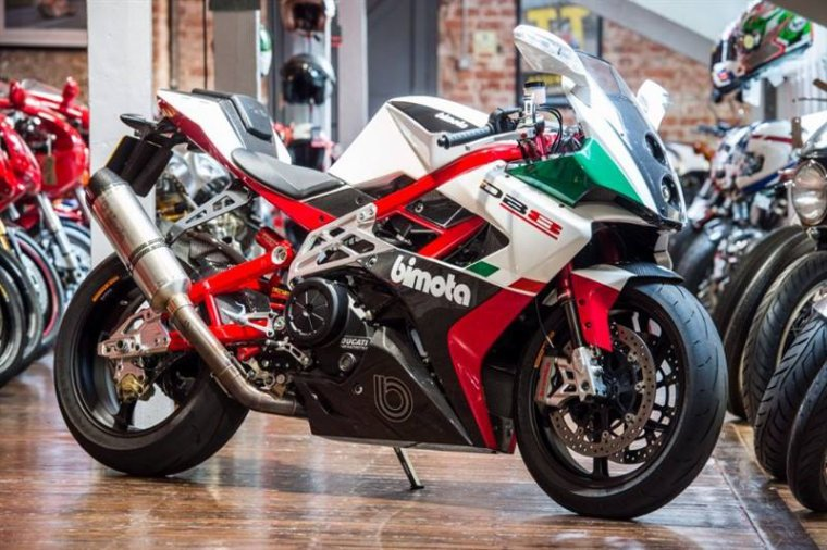 Bimota DB8, motorisé par Ducati....